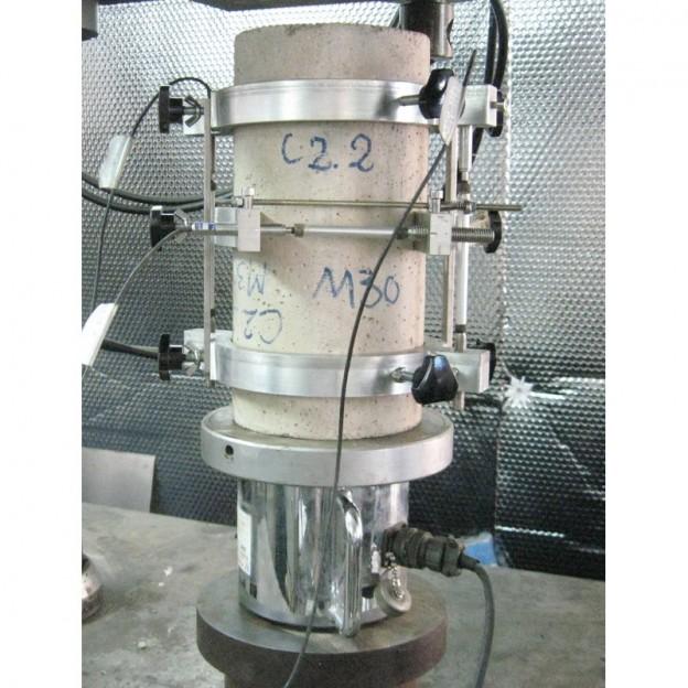 Bộ gá đo mô đun đàn hồi của bê tông